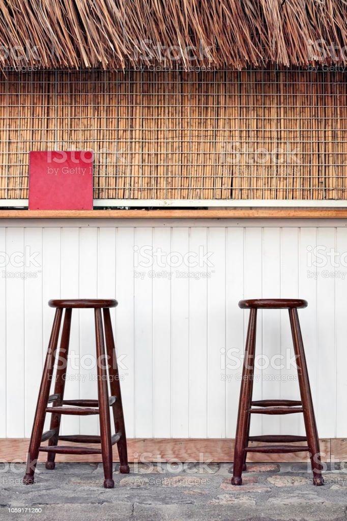 Photo Libre De Droit De Terrasse De Café Bar Avec Deux