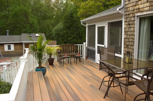 A well put together outdoor deck