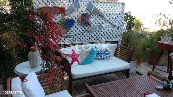 Outdoor decorative cafeteria seat and table