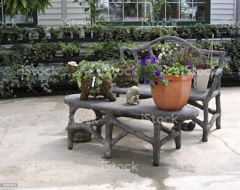 Patio Al Aire Libre Con Muebles - Stock Foto e Imagen de Stock | iStock