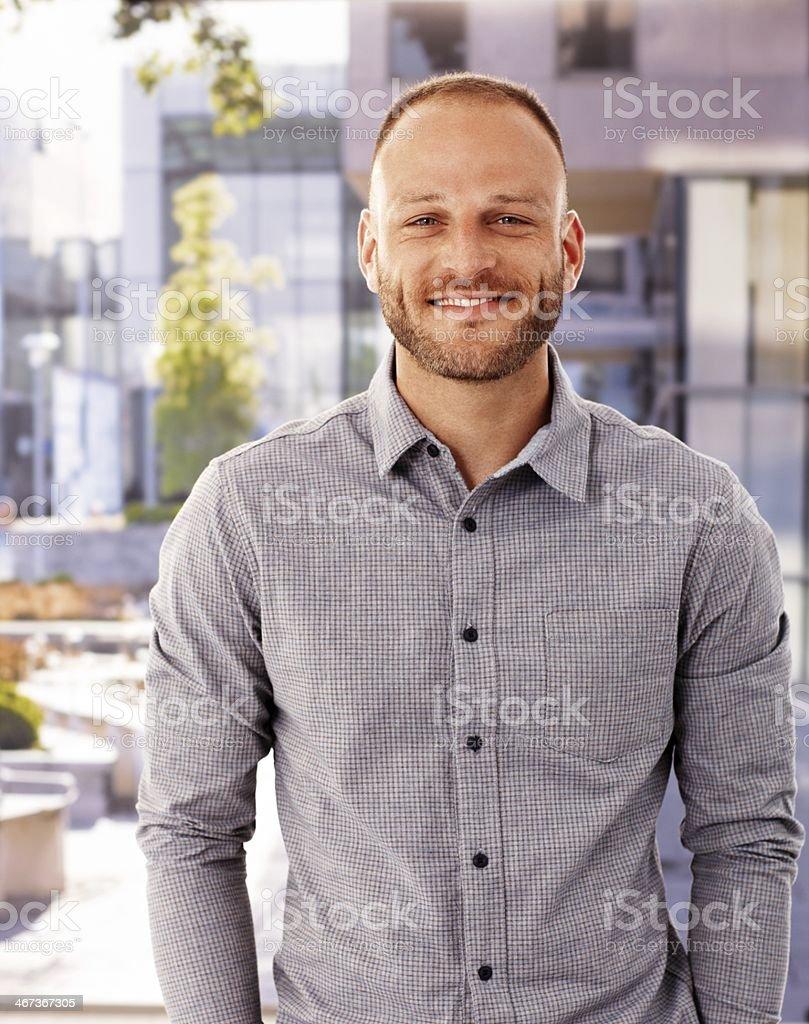 Foto von glücklicher Mann im Freien – Foto