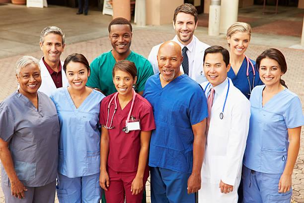 Outdoor Ritratto di un Team medico - foto stock