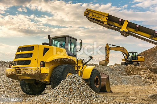 Machines and excavators for construction