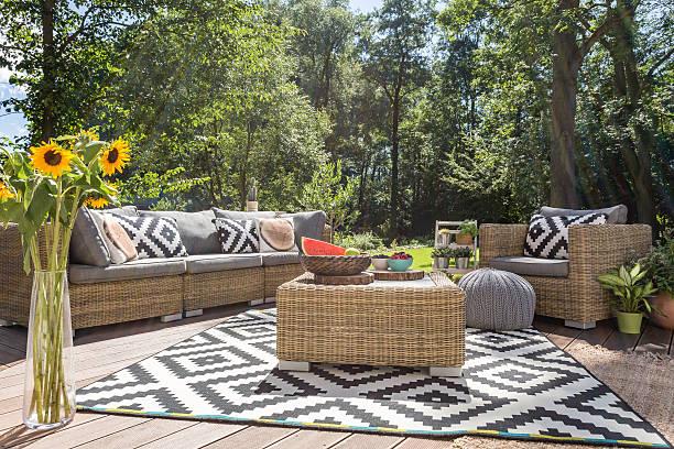 outdoor relax in luxurious style - stuhl neu gestalten stock-fotos und bilder