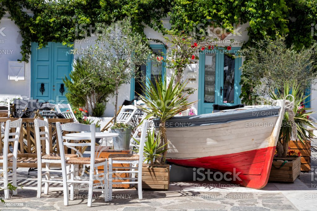 Outdoor Restaurant, Paros, Cyclades, Greece – Foto