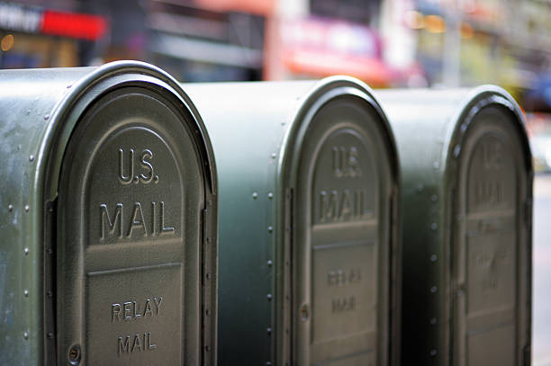 почтовые ящики на открытом воздухе - postal worker стоковые фото и изображения