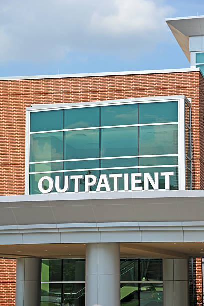 Outpatient sign on outside of building Hospital Outpatient Surgery Center outpatient stock pictures, royalty-free photos & images