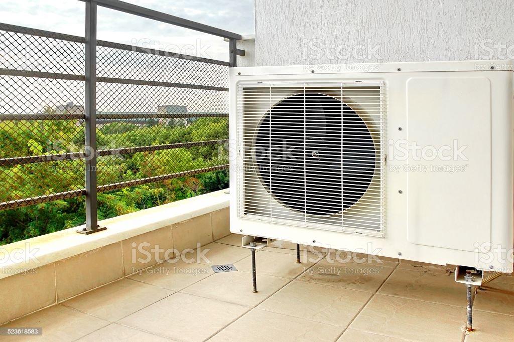 Acondicionador de aire libre - foto de stock
