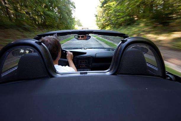mit dem auto (von außen - 1m coupe stock-fotos und bilder