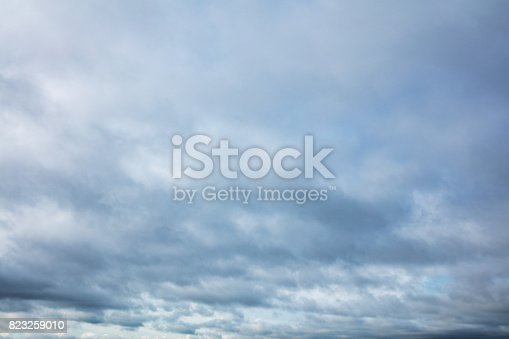 istock Overcast sky 823259010