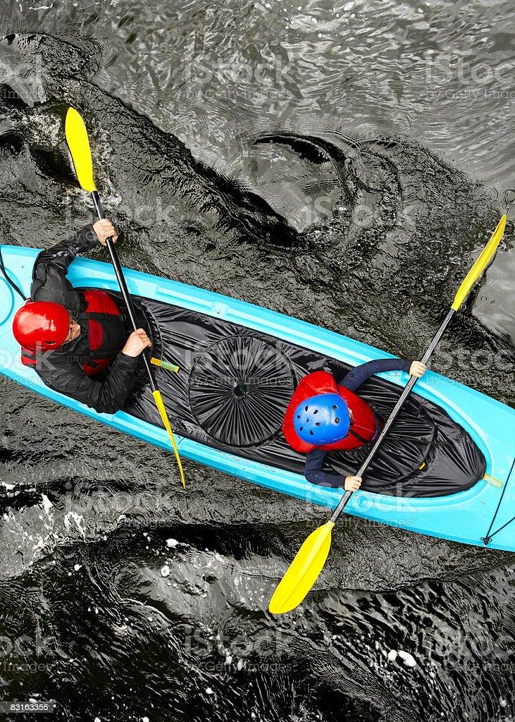 Vista dall'alto del Padre e figlio in kayak, foto stock royalty-free