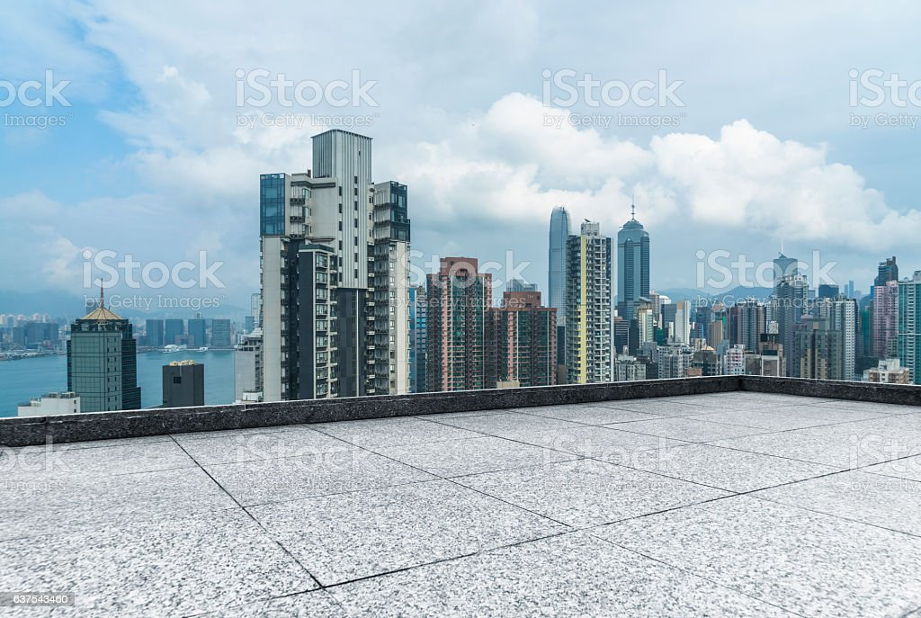 overhead view of panoramic scene of victoria harbor - foto de stock