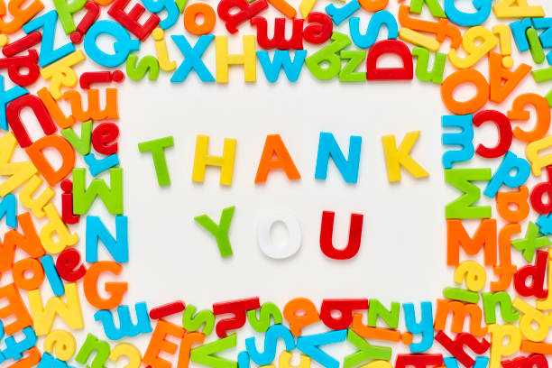 謝謝你文字包圍字母表的頂視圖 - thank you background 個照片及圖片檔
