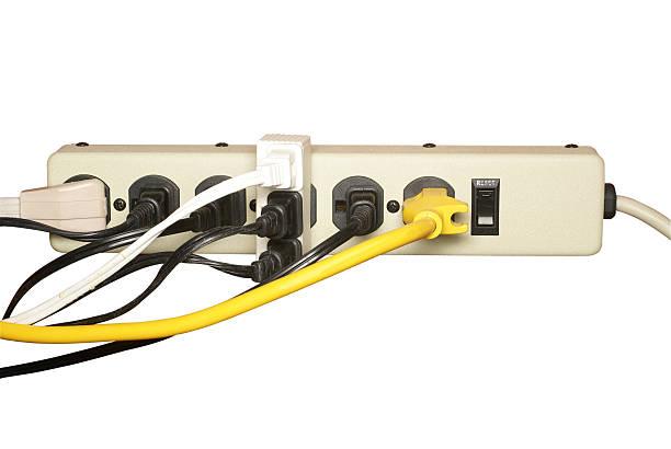 surcharger électriques extension bar - rallonge électrique photos et images de collection