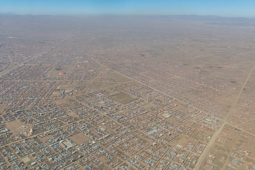 istock Overview of the city of El Alto, the second city of Bolivia after La Paz. Built spontaneously in the Andean high plateau, it is 4150 meters high. 949849142