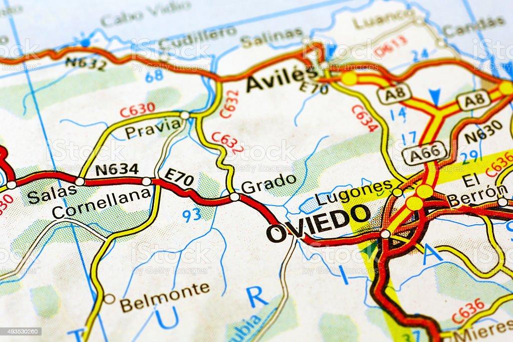 oviedo espanha mapa Foto de Oviedo área Em Um Mapa e mais banco de imagens de 2015  oviedo espanha mapa