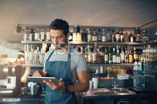 istock Own a bar? There's an app for that 857357148