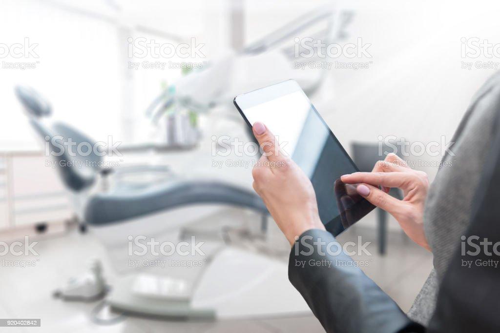Besitzer & Dentalgeschäft – Foto
