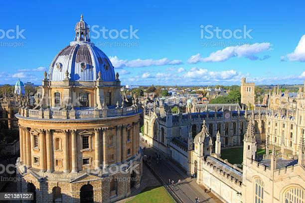 Oxford picture id521381227?b=1&k=6&m=521381227&s=612x612&h=zxka5wqo 5a8lsz66fyfrb4jkvvo5sevqduqdl4tloa=