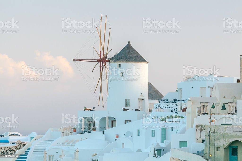 Oya. Blanco molinos de viento. foto de stock libre de derechos