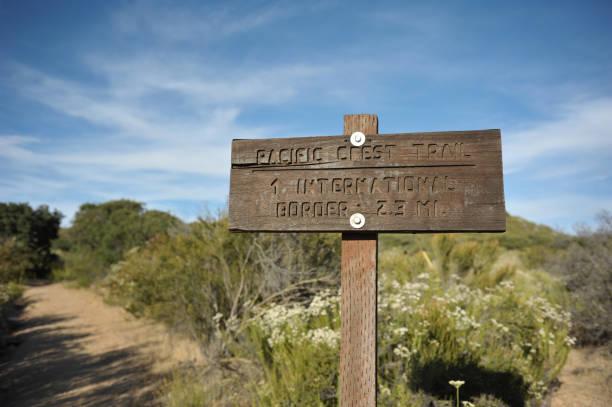 pacific crest trail - pacific crest trail stock-fotos und bilder