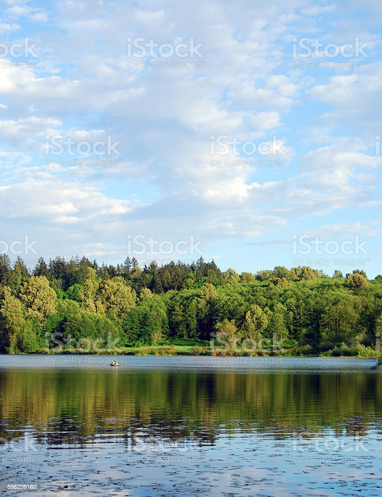 Noroeste do pacífico lago foto royalty-free