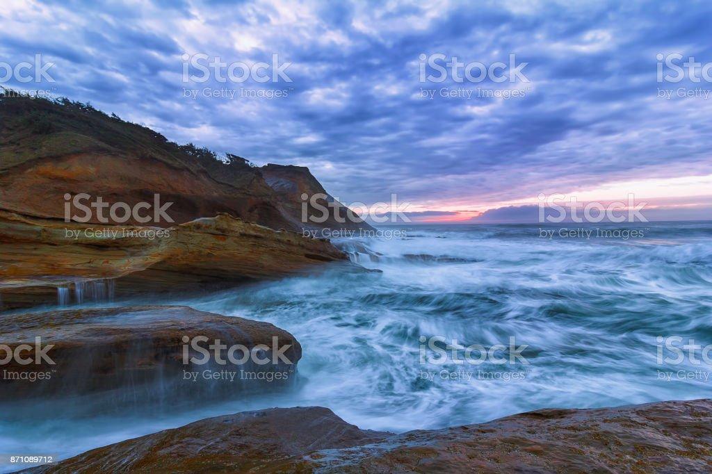 Pazifischen Ozean Blick auf Cape Kiwanda Oregon Coast bei Sonnenuntergang USA – Foto