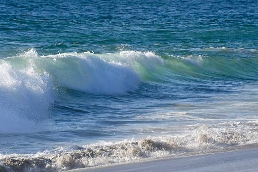 Foto de Ondas Do Oceano Pacífico e mais fotos de stock de Arrebentação