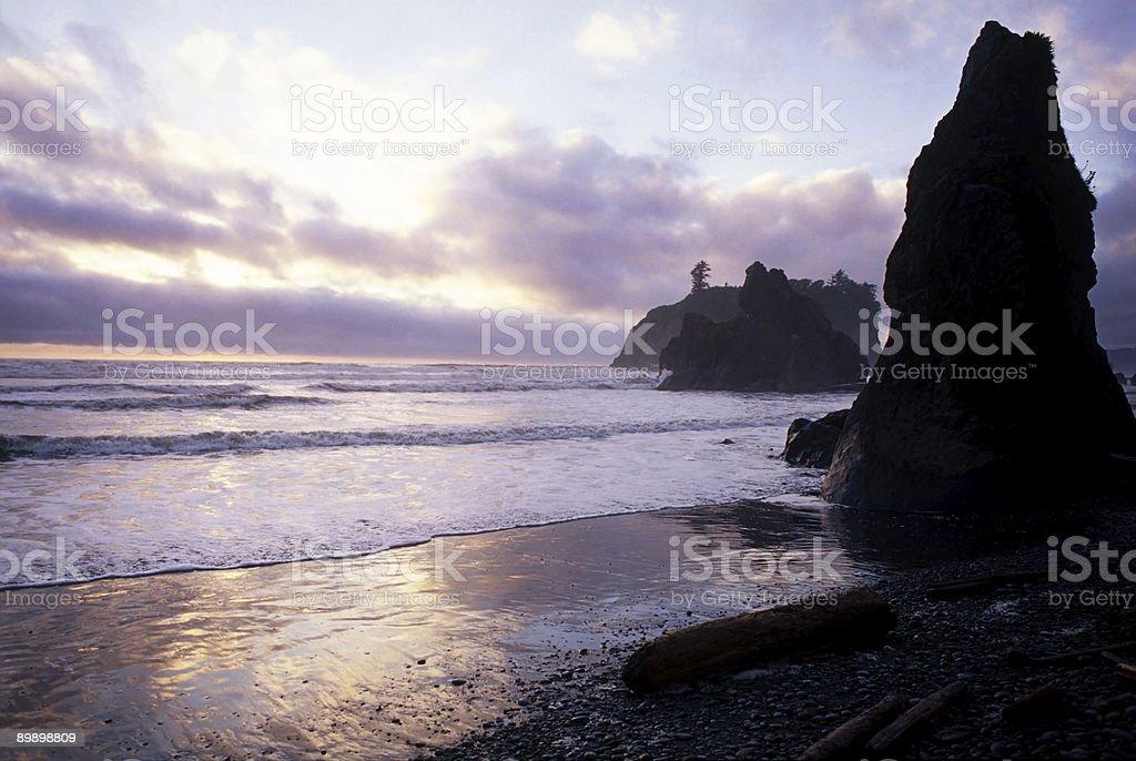 Pacific Sunset, Ruby Beach, Washington, USA stock photo