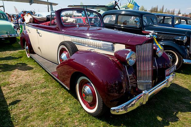 1939 Packard une vingtaine de voiture vintage - Photo