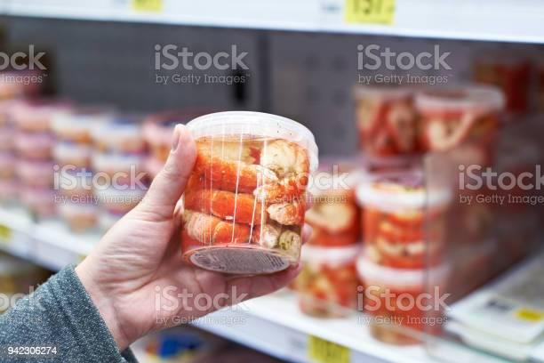 Packing shrimp in hand at grocery store picture id942306274?b=1&k=6&m=942306274&s=612x612&h=kn303m612zh k7jaijfaaftrjx4gokckjemtk6uebkw=