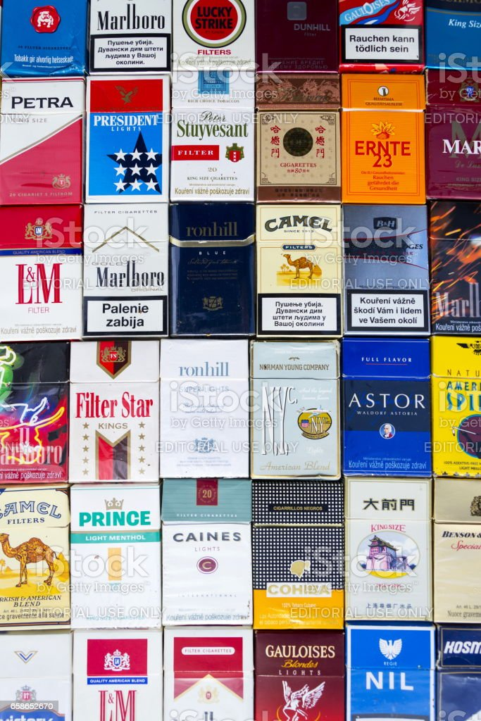 Fotografía de Paquetes De Cigarrillos Fotografiaron Con Parte ...