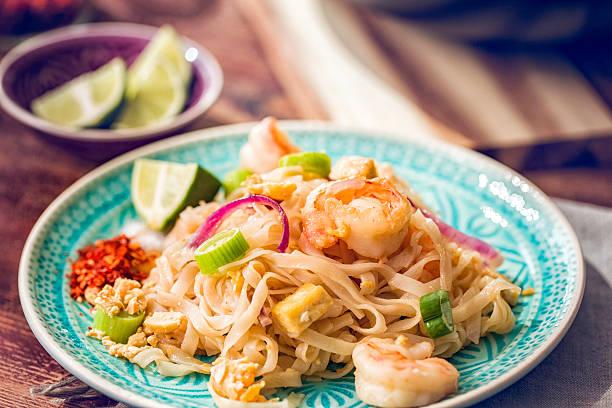 Auflage Thai-Nudeln mit Garnelen – Foto