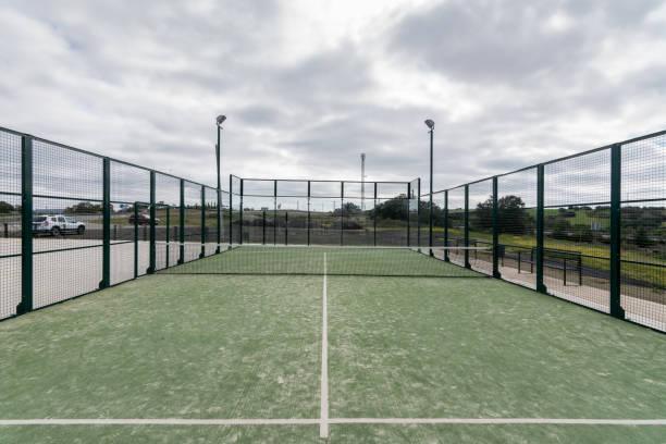 paddle tennis court outdoor  without people - rakietka do tenisa stołowego zdjęcia i obrazy z banku zdjęć