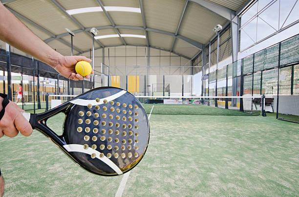 paddle tennis serve - table tennis racket stock pictures, royalty-free photos & images