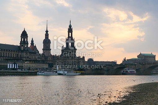 istock paddlesteamer in Dresden 1171525727