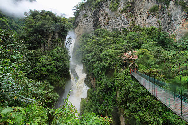 pailon 델 디아블로 워터풀, 에콰도르 - 에콰도르 뉴스 사진 이미지