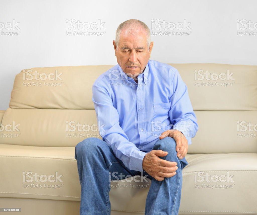 pain knee stock photo