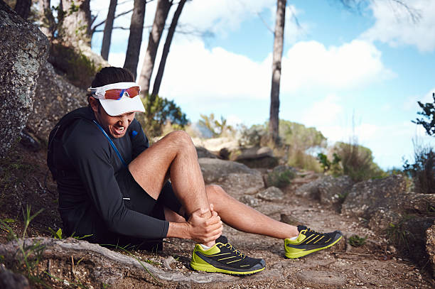 blessure mal running - mi jambe photos et images de collection