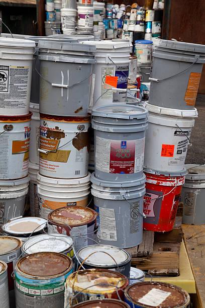 farbe container - zinn farbe stock-fotos und bilder