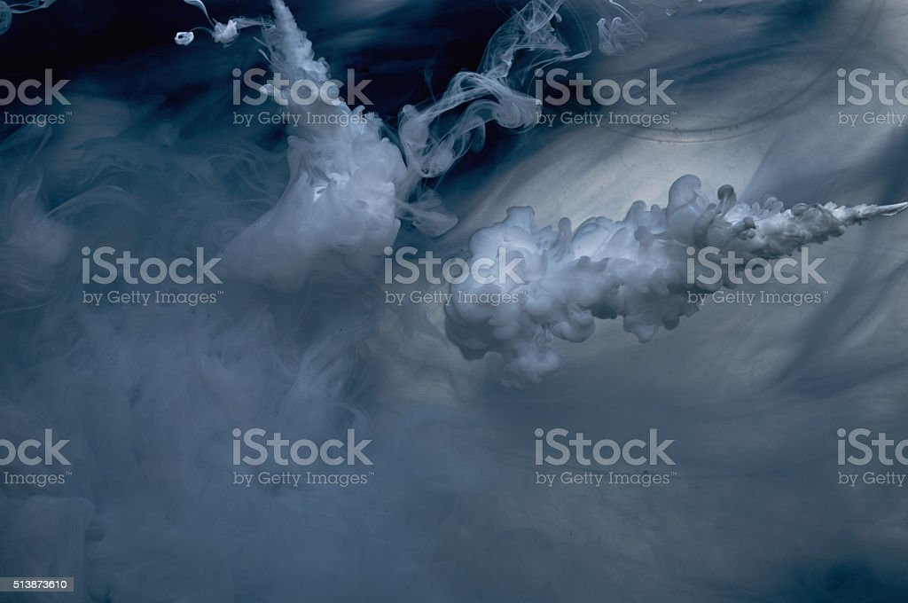 Farbe im Wasser – Foto