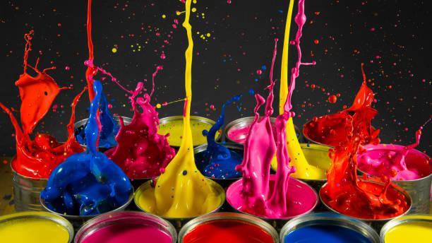 boîtes de peinture splash - impact photos et images de collection