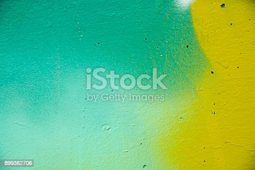 istock Paint stains on the wall 899362706