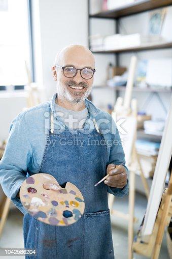 istock Painter at work 1042586204