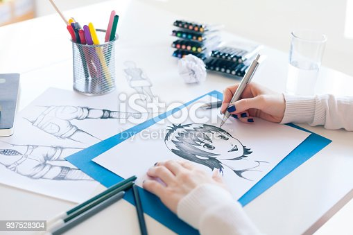 istock Painter 937528304
