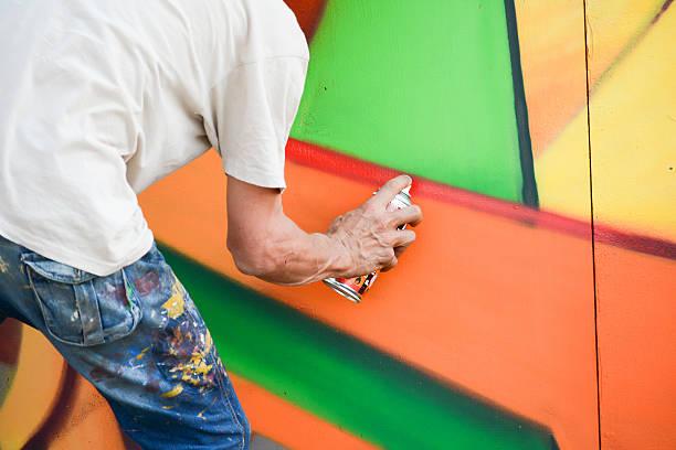 Pintura de una pared - foto de stock