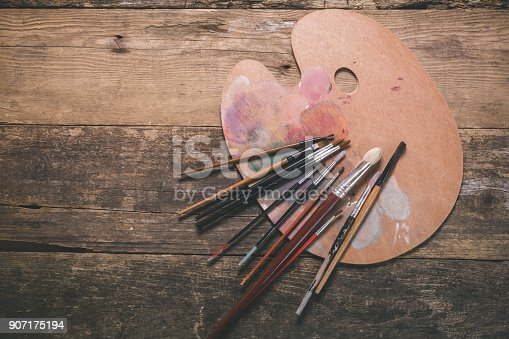 istock Painting background 907175194