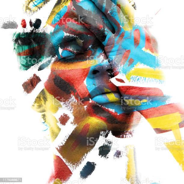 Paintography Dubbele Blootstelling Van Een Aantrekkelijk Mannelijk Model Met Gesloten Ogen En Met De Hand Bedekt Gezicht Gecombineerd Met Kleurrijke Hand Getekende Schilderijen Stockfoto en meer beelden van Abstract