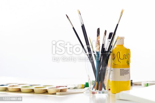 172382347 istock photo Paints And Paintbrushes 1222486149