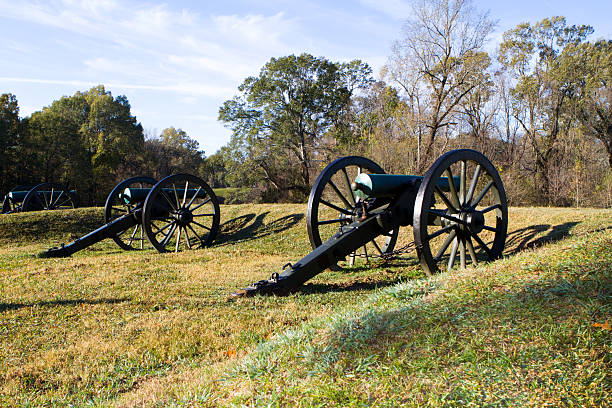 Pair of Civil War cannons Pair of civil war cannons located in the Vicksburg National Military Park. robert e. lee stock pictures, royalty-free photos & images